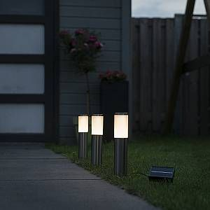 Qazqa Spot piquet Rox LED à l énergie solaire set de 3 IP44