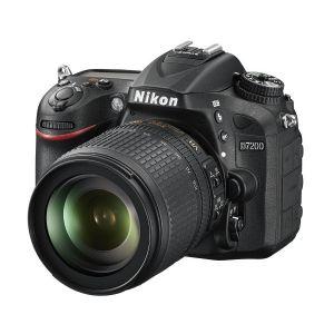 Nikon D7200 (avec objectif 18-105mm)