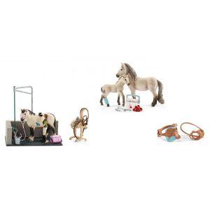 Schleich Figurines de chevaux et accessoires (box de lavage, kit de secours, selle de concours + bride)