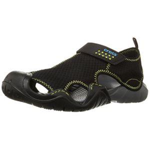 Crocs Swiftwater Sandal, Sandales Bout Fermé, Homme,Noir (Black/Charcoal), 46/47 EU