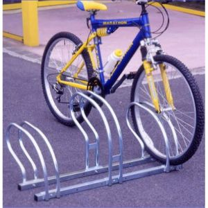 Mottez Râtelier range 5 vélos côte à côte B200C