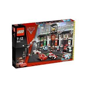 Lego 8679 - Cars 2 : Le circuit international de Tokyo