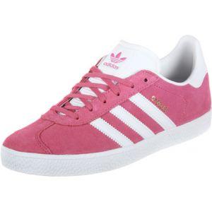 timeless design 921ce 5877b Comparer chez 2 marchands. Adidas Gazelle 2 J W chaussures rose 36 EU