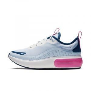 low priced 45cb4 c5dda Comparer chez 8 marchands. Nike Chaussure Air Max Dia pour Femme - Bleu -  Couleur Bleu - Taille 39
