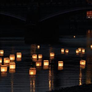 ThumbsUp! 10 lanternes d'eau avec 10 bougies chauffe-plat