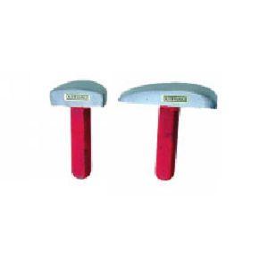 Outifrance 4590100 - Table de carrossier 1/2 lune, 1,7 kg