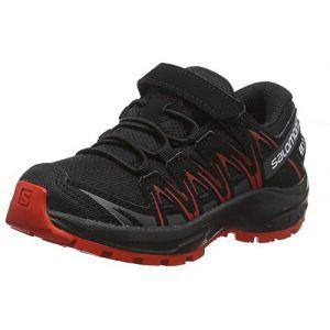 Salomon Enfant XA Pro 3D CSWP J, Chaussures de Trail Running, Imperméable, Mixte enfant Noir (Black/Black/High Risk Red)39 EU
