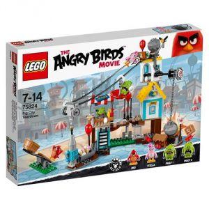 Lego 75824 - The Angry Birds Movie : La démolition de cochon ville
