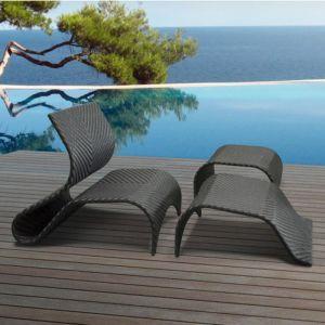 Delorm Design Vanuatu - Transat et table basse en résine tressée