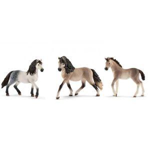 Schleich Figurines de chevaux andalou (étalon, jument, poulain)