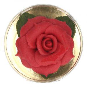 Rose en pâte d'amande rouge