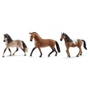 Schleich Figurines de chevaux jument (andalouse, hanovre, pinto)