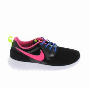 Nike Roshe One Noire Et Rose Baskets/Running Enfant
