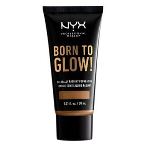 NYX Cosmetics Born To Glow Naturally Radiant Fondation Fond de Teint Fluide - Nutmeg - Transparent