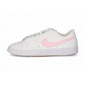 Nike Chaussure Blazer Low pour Jeune enfant - Blanc - Taille 35.5 - Unisex