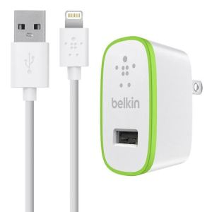 Belkin F8J125vf04-WHT - Chargeur secteur USB avec câble Lightning 1,2 m