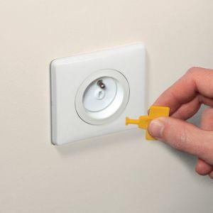 Safety 1st 12 caches prises avec clés