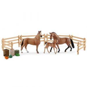 Schleich Figurines de chevaux : Famille d'hanovriens dans le prairie