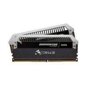 Corsair CMD8GX4M2B4000C19 - Barrette mémoire Dominator Platinum 8 Go (2x 4 Go) DDR4 4000 MHz CL19