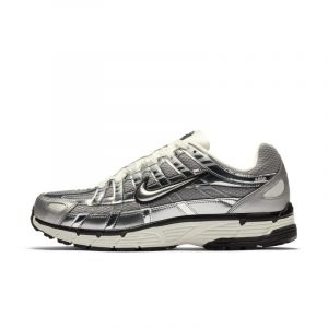 Nike Chaussure P-6000 pour Homme - Argent - Taille 43 - Male