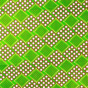 Craftine Tissu Wax Africain N°362 Cercles et Losanges rouges, blancs et moutarde sur fond Vert - Par 50 cm