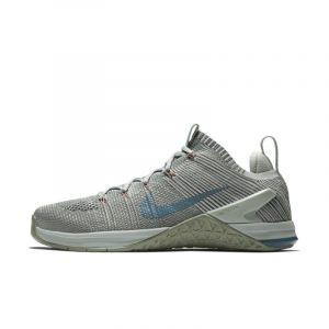 Nike Chaussure de cross-training et de renforcement musculaire Metcon DSX Flyknit 2 pour Femme - Argent - Taille 39