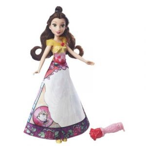 Hasbro Poupée Disney Princesses Belle robe magique