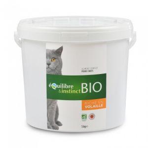 Equilibre & instinct Seau de 5 kg de croquettes Bio de viandes fraîches à la volaille pour chat