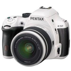 Pentax K-50 (avec objectif 18-55mm)