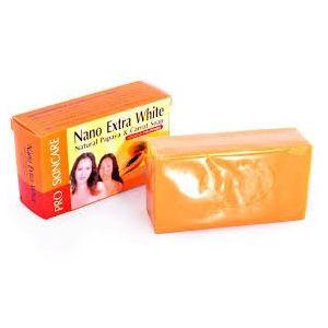 NANO EXTRA WHITE NATUREL PAPAYA & CAROTT SOAP (sally beauty cosmetics, neuf)