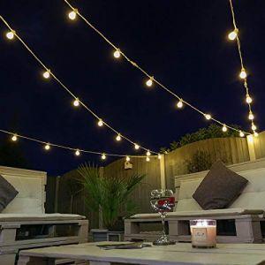 Guirlande Guinguette Lumineuse Raccordable Ampoules à LED SMD Éclairage Blanc Chaud sur Câble Caoutchouc - Intérieur/Extérieur – 100% Waterproof [Classe énergétique A+++] (Câble Blanc, 50m) (Festive Lights Ltd, neuf)