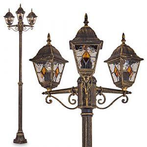 Lampadaire de jardin composé de 3 lumières au style classique - Luminaire extérieur propice à une atmosphère de détente sur une terrasse - Révèrbère jardin classique et élégant (hofstein, neuf)