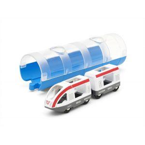 Train de voyageurs avec tunnel