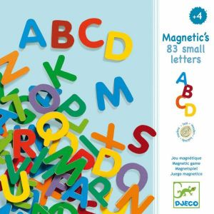 83 lettres magnétiques