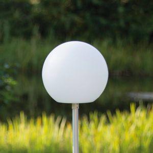 Globe - sphère LED sur une tige