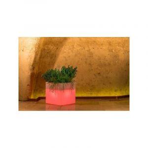 Pot de fleurs Cube en résine Carré H40 Lampe Rouge 40x40Cm - IDRALITE