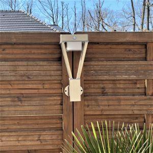 Applique Solaire LUXOR Inox - 75 à 600 lumens avec détecteur de présence