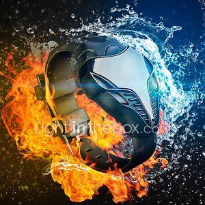 montre de façon cobra rouge / bleu des hommes a conduit les sports numériques montre homme de fer montre-bracelet de silicone de triangle