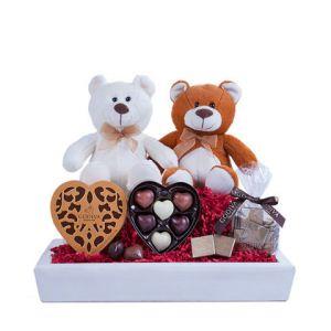 Douce surprise : panier chocolats et peluches