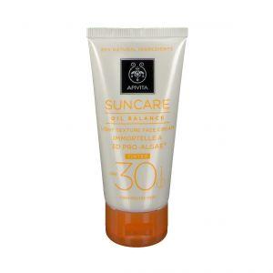 Apivita Oil Balance Crème Visage Légère Texture Teintée SPF30 ml crème solaire