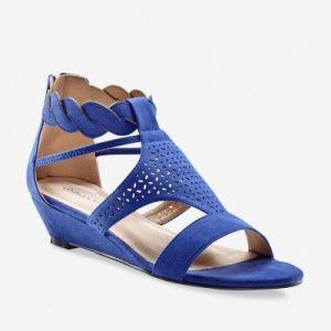 Sandales compensées tressées et perforées