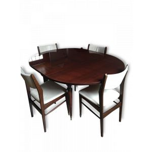 Table ovale + chaises