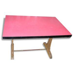 Table de bistrot en formica rouge des années 70, plaque de fabricant Lebatteux