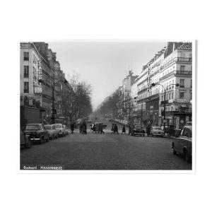 Paris en 1965 le boulevard poissonnière de jour