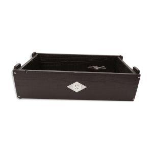 Caisse vintage en bois avec plaque numérotée et hanses en métal