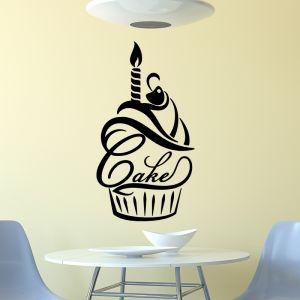 Sticker citation cuisine Bougie et cerise sur un cupcake