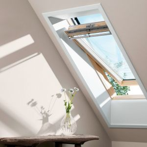 VELUX Standard - PIN lasuré Clear Finish - Rotation - GGL 3054 SK06