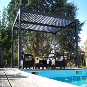 Pergola Bioclimatique aluminium anthracite 10,80 m2 et Toit avec lames ovales Habrita