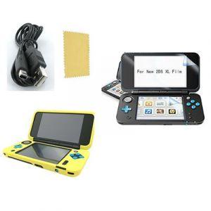 Pack 3 en 1 Nintendo New 2DS XL : Housse silicone jaune - Chargeur USB - Film de protection écran - Straße Game ®