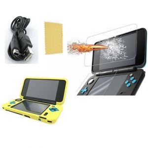Pack 3 en 1 Nintendo New 2DS XL : Housse silicone jaune - Chargeur USB - Protection écran verre trempé - Straße Game ®